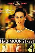 Diplomás örömlány /Half Moon Street/
